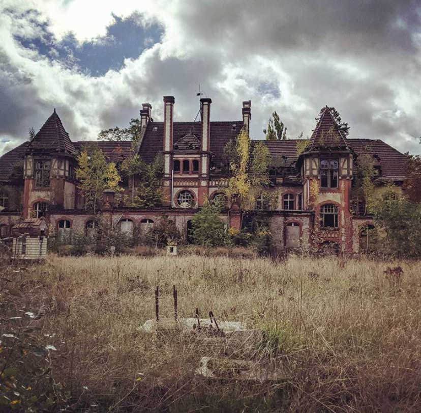 Haunted Places in the World